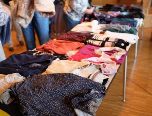 Erste Kleidertauschbörse in Schwarzenbruck erfolgreich